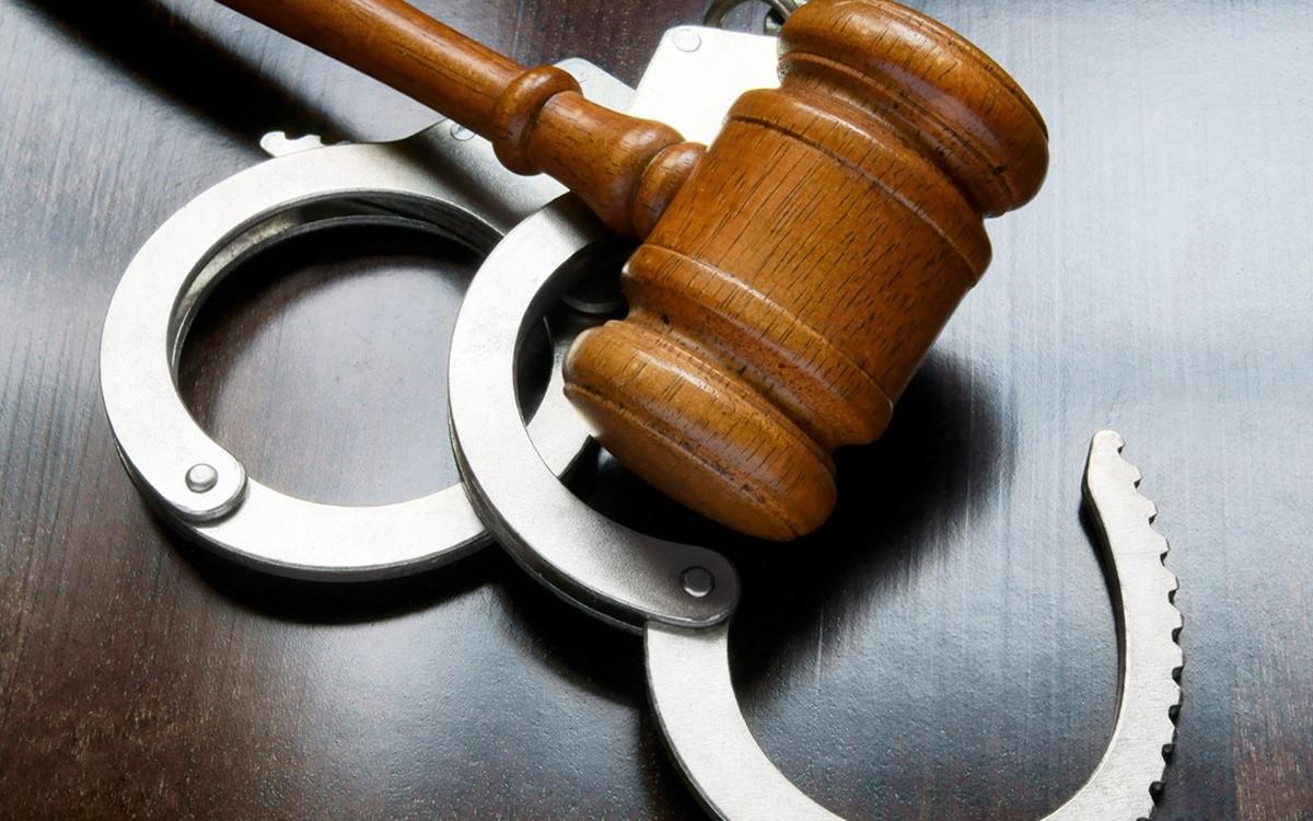 Несоблюдение операторами законодательства грозит административной и уголовной ответственностью